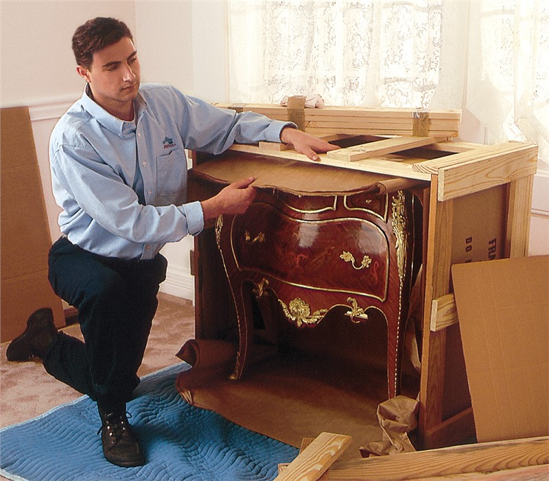 Antique Furniture Moving Tips from Experienced Miami Moving Company