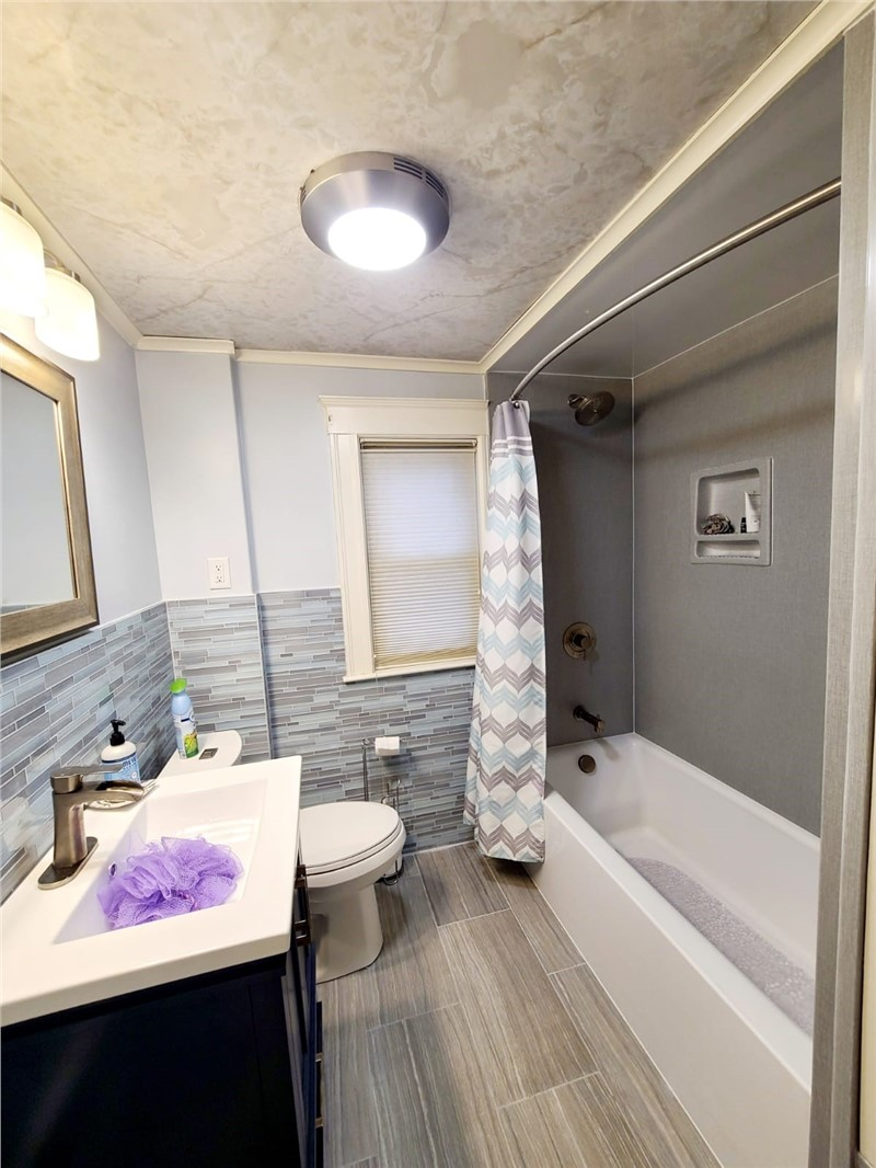Benefits of a Full Bathtub Replacement Instead of a Bathtub Liner