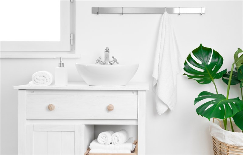 Easy Bathroom Organizing for the Whole Family