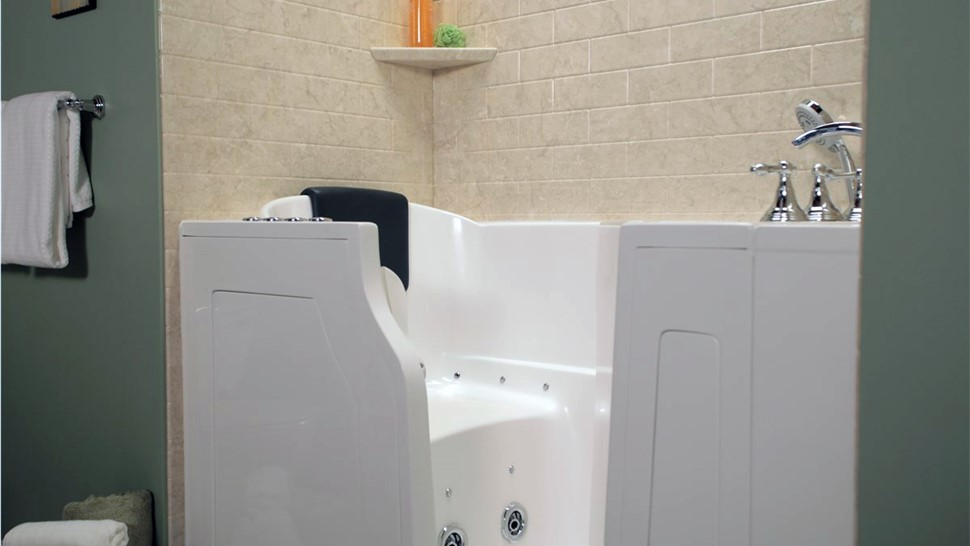Baths - Walk-In Tubs Photo 1