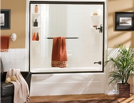 Baths - Tub Shower Combo Photo 2