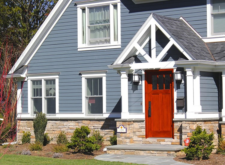 Vinyl Siding vs. Fiber Cement: What's Better?