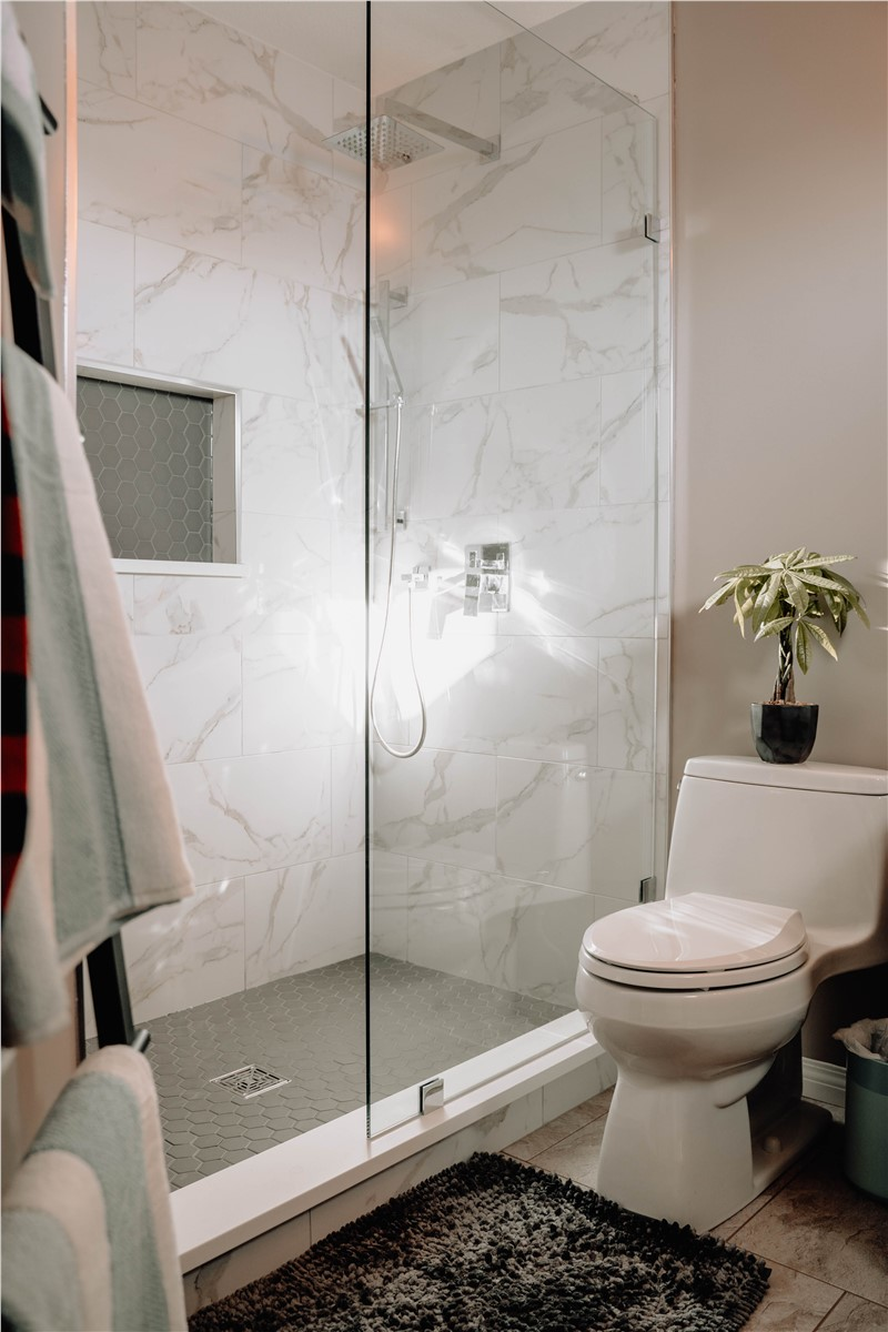 Four Modern Bathroom Remodeling Improvements to Consider for Your Next Renovation Project
