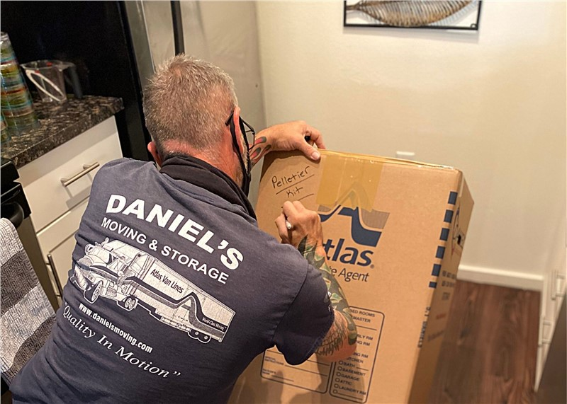 5 Easy Tips for Labeling Moving Boxes