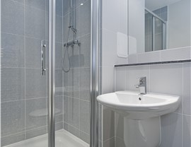 Replacement Showers 4
