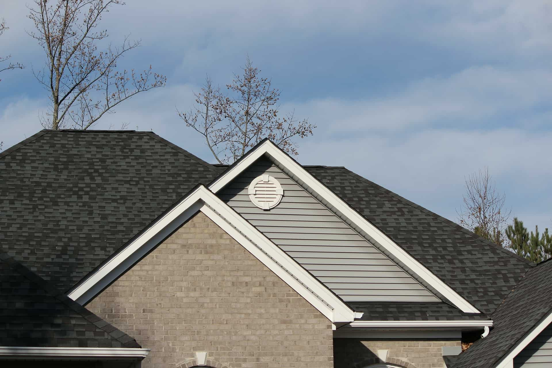 Keeping Your Roof Clean, Year-round