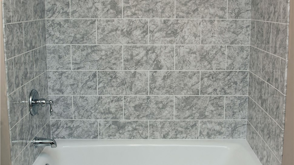 Bathtubs - Bath Wall Surrounds Photo 1