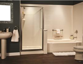 Bath Wall Surrounds Photo 4