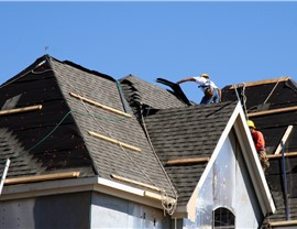 Roofing Contractor 4