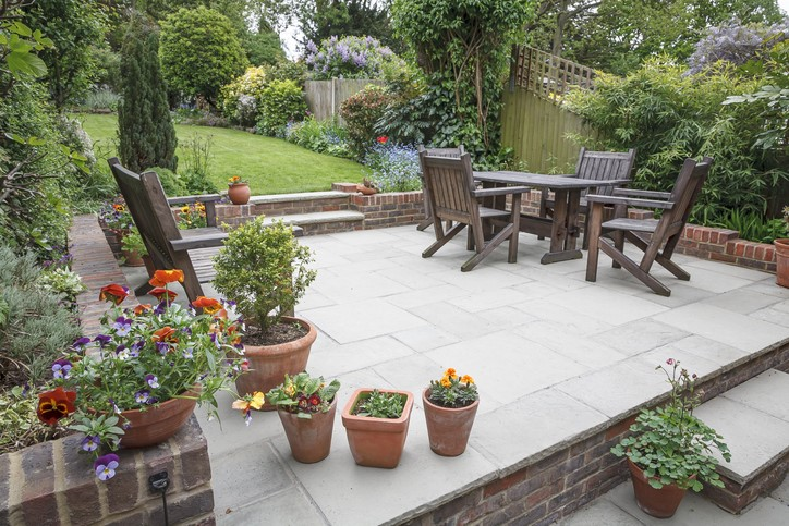 5 Ways to Maximize Your Outdoor Living Space