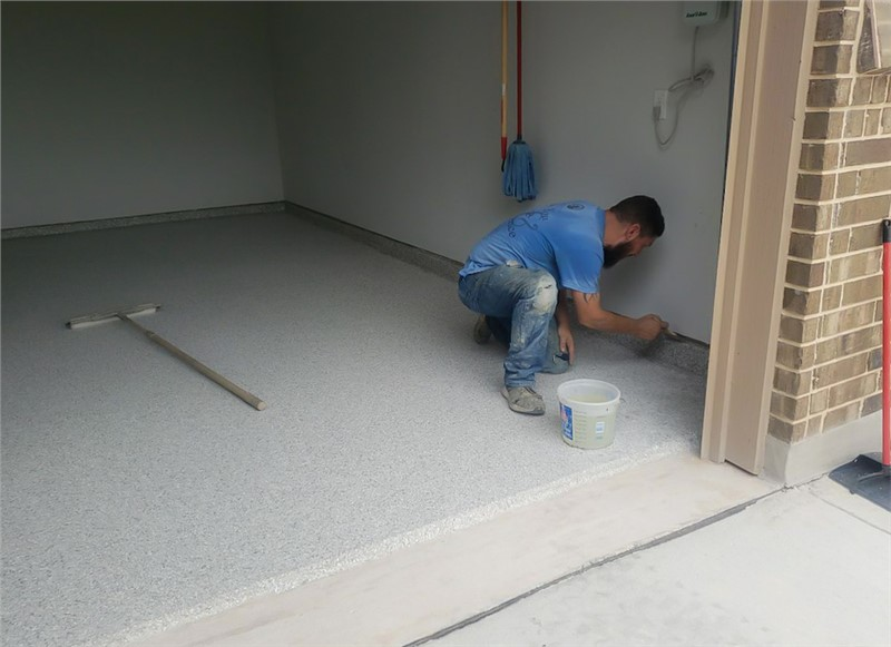 10 questions to ask a concrete coating contractor during a consultation (Article)