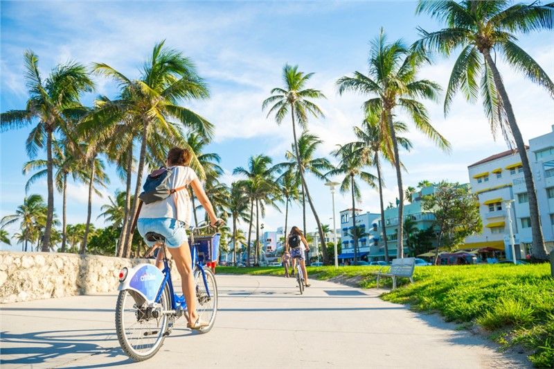 Florida is the Most Moved to State in the Country, Don't Wait to Make your Move!