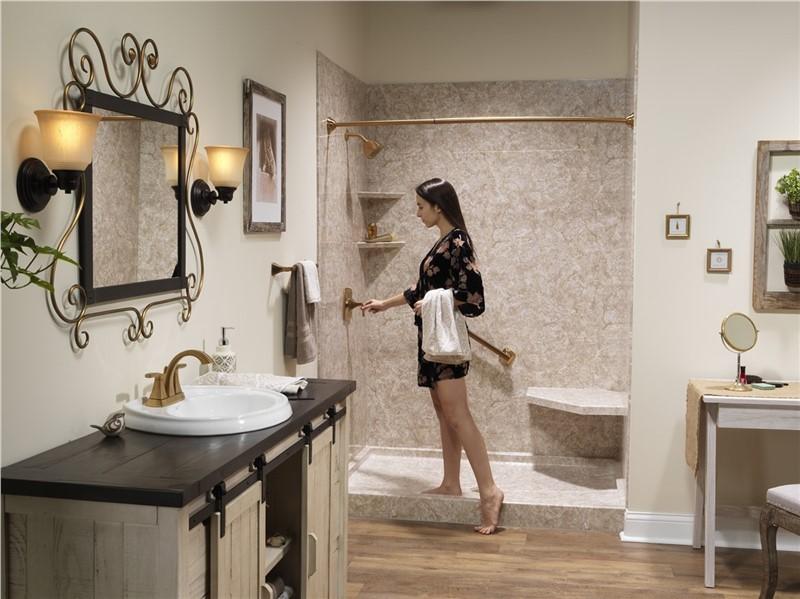 4 Remodeling Options for a Large Master Bathroom