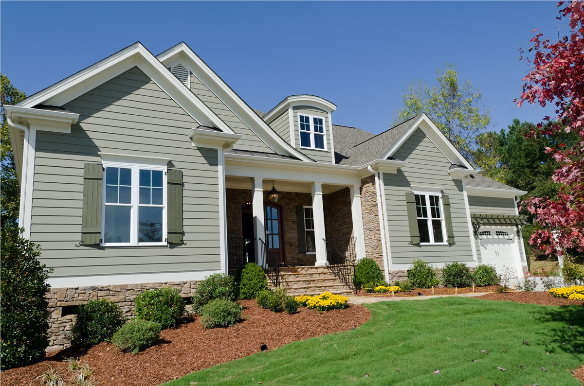 3 Common Benefits to Replacing Your Home's Siding